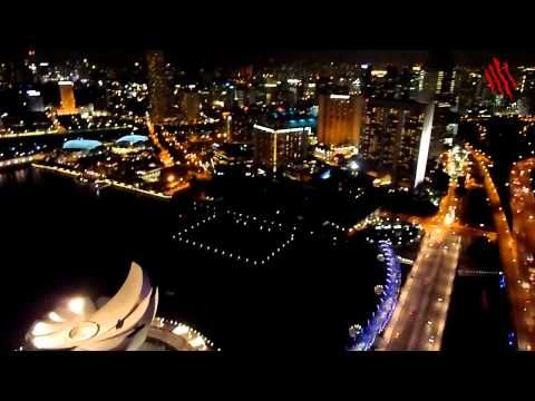 El skyline de Singapur de noche, una de las maravillas de Asia