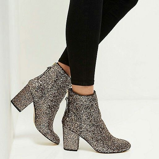 Women's Fashion Pull On Mid Chunky Heel Round Toe Ankle Boots