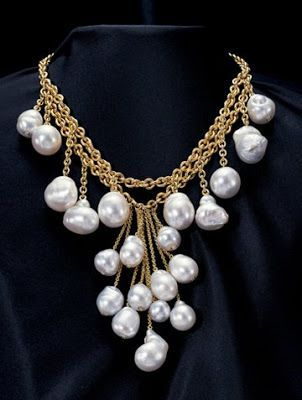 pearl gold necklaces design ideas for women 3 - Necklace Design Ideas