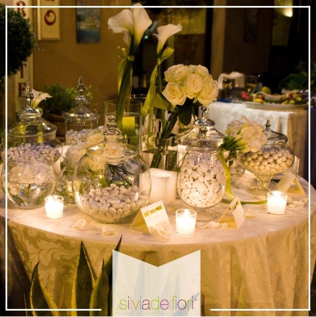 Risultati immagini per addobbi tavoli ricevimento nozze matrimoni table decorations table - Composizioni floreali per tavoli ...