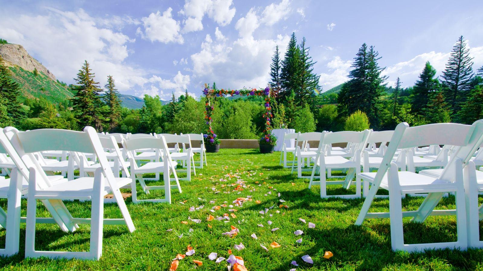Vail Wedding Venues Outdoor Lawn Colorado mountain