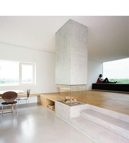 Transparantie en ruimte zijn de key words voor deze fantastische open haard die de ruimte mooi - Deco moderne open haard ...