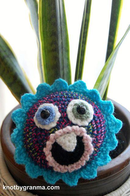 Fleur de Monster Free Crochet Pattern