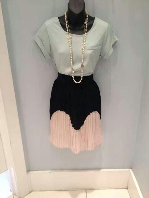 MIKAROSE skirt