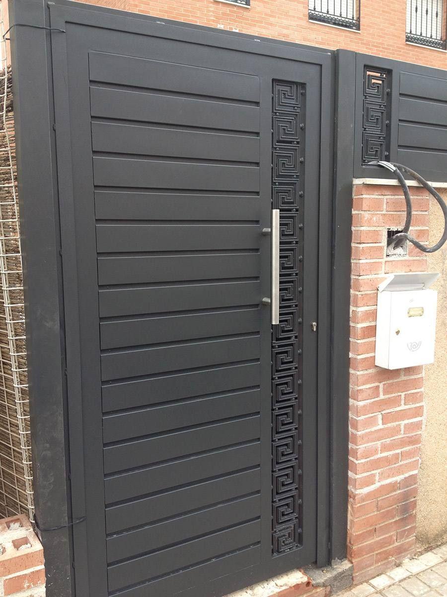 Puertas modernas exteriores puertas pinterest hana for Puertas de acceso modernas