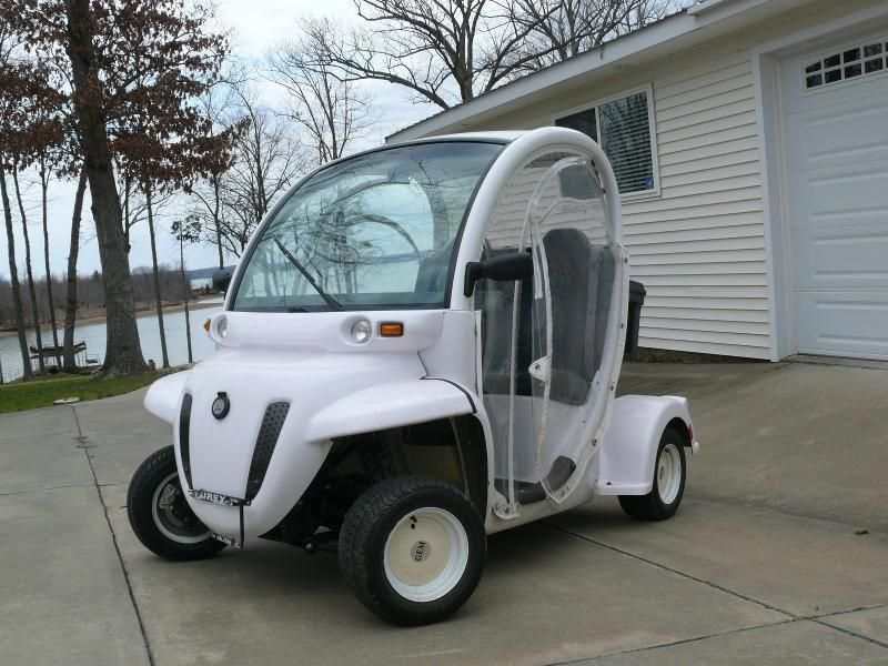 Online Auction Gem Electric Car with Golf package and