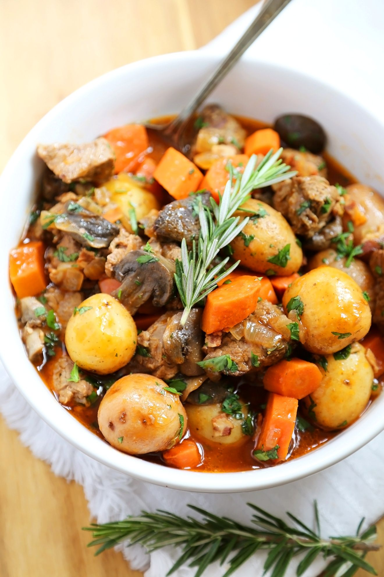 Slow Cooker Beef Bourguignon | Recipe | Beef bourguignon ...