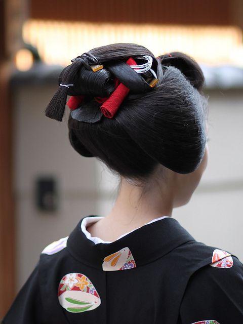 sakkou hairstyle of maiko Fumisono