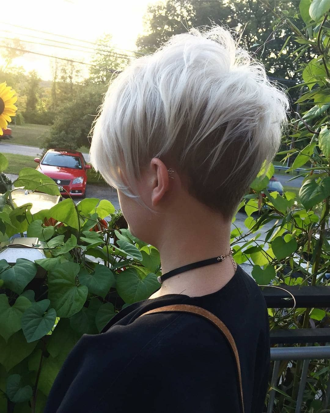 cute short haircuts for women wanting a smart new image