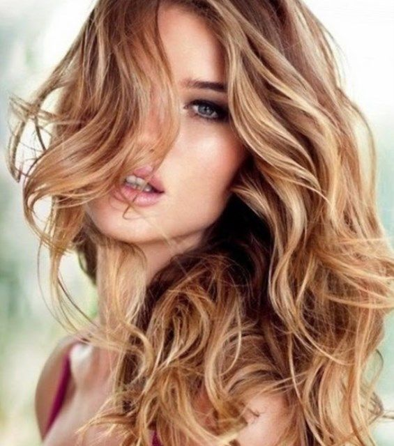 Pin By Karina Malikova On Frisurentrends 2016 Karamellblonde Haare