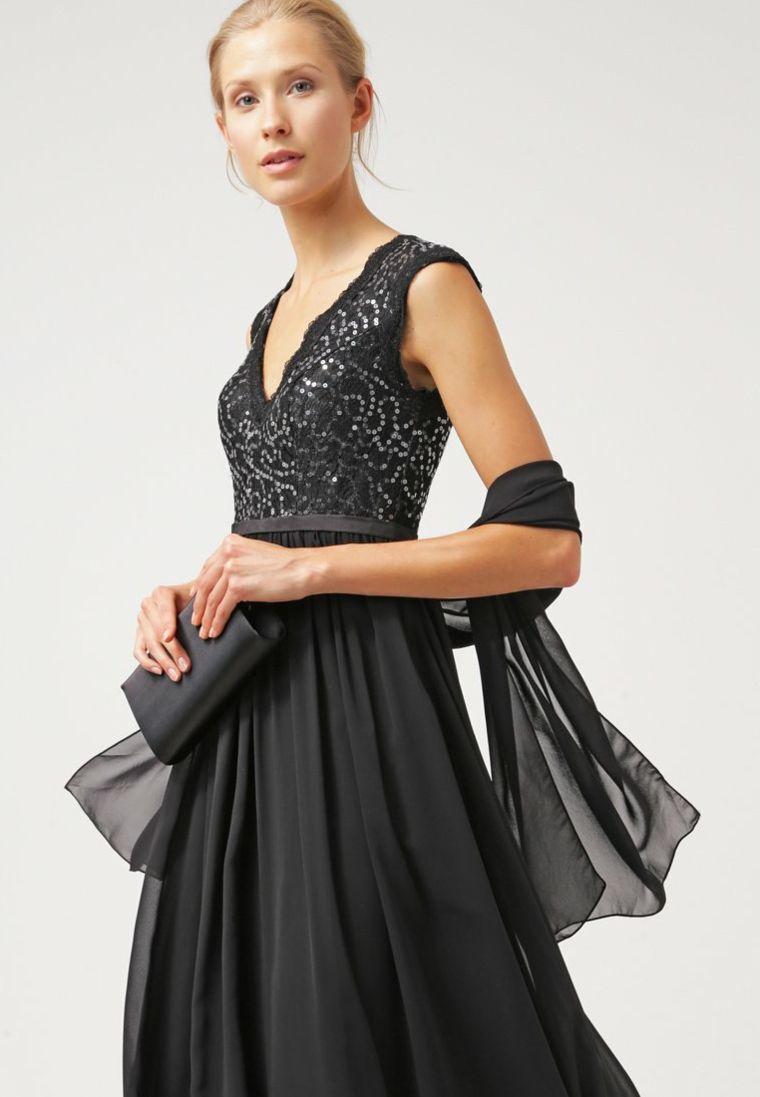 7e60b7cc92c8 Vestiti lunghi eleganti e proposta con un abito di colore nero e tulle