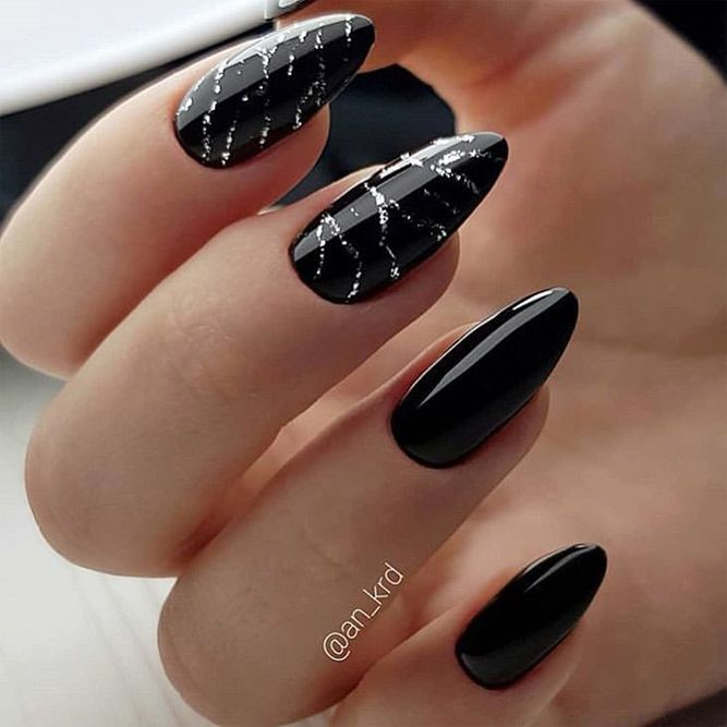 33 Black Glitter Nails Designs That Are More Glam Than Goth In 2020 Black Nail Designs Black Nails With Glitter Matte Nails Design