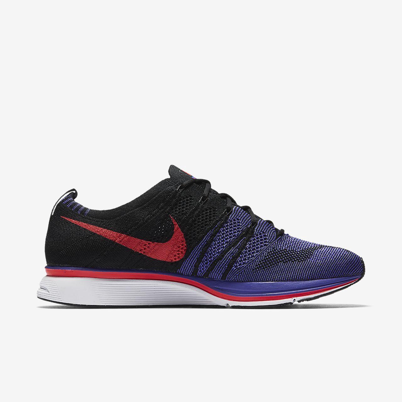 Nike Flyknit Trainer Unisex Shoe M 11 / W 12.5 Red