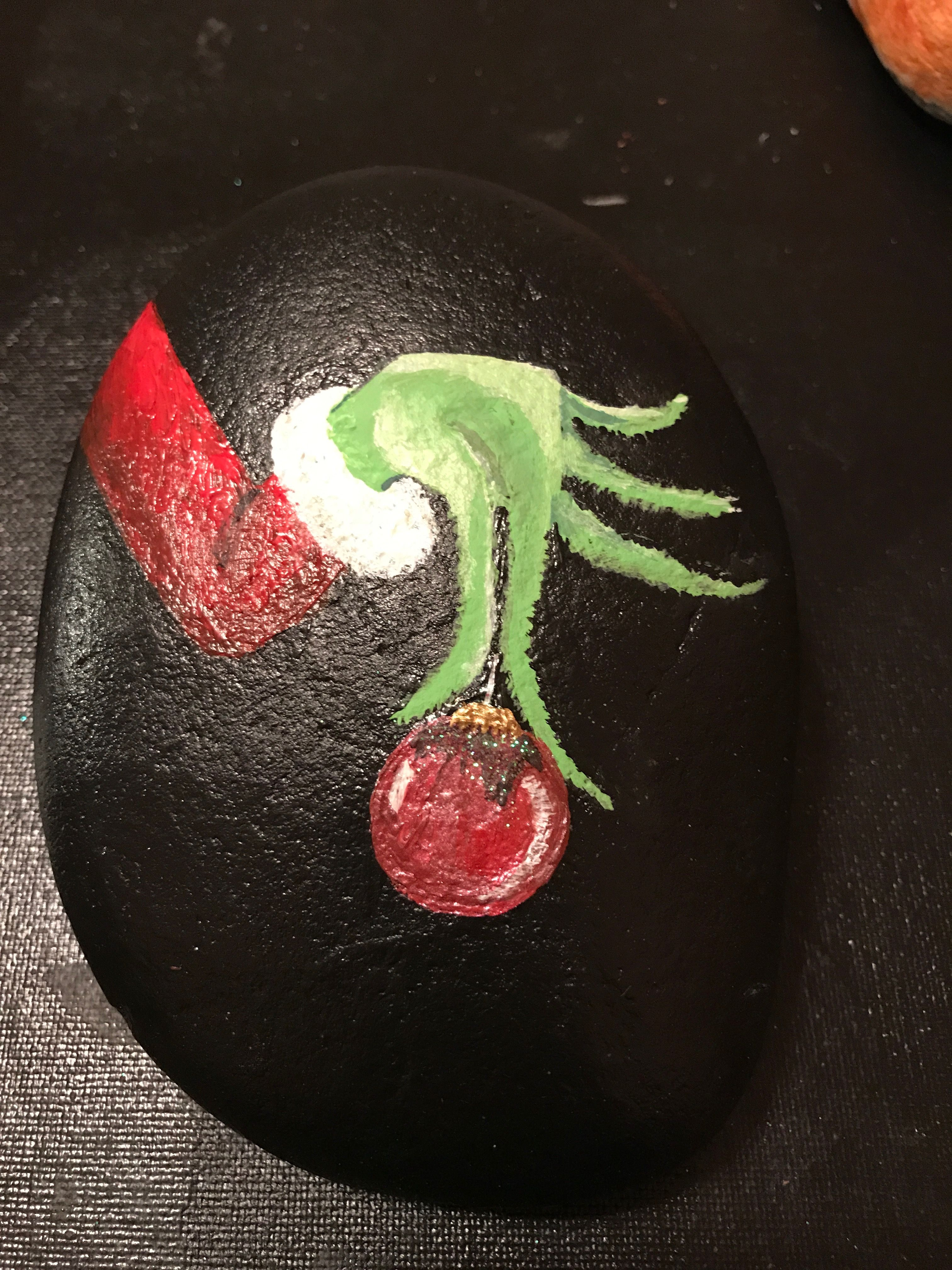 Grinch Fingers Rock Painting Patterns | How To Make Painted Rocks | Painted  Rocks Craft |