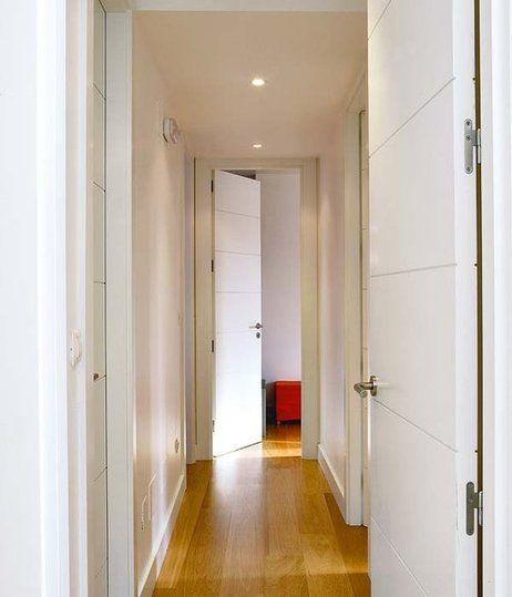 Pasillos y puertas buscar con google ideas suelos y - Pintar puertas blancas ...