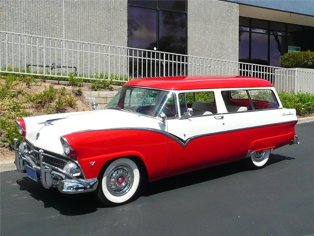 1955 Ford Country Sedan Wagon Front 3 4 91018 Ford Classic Cars Car Ford Station Wagon