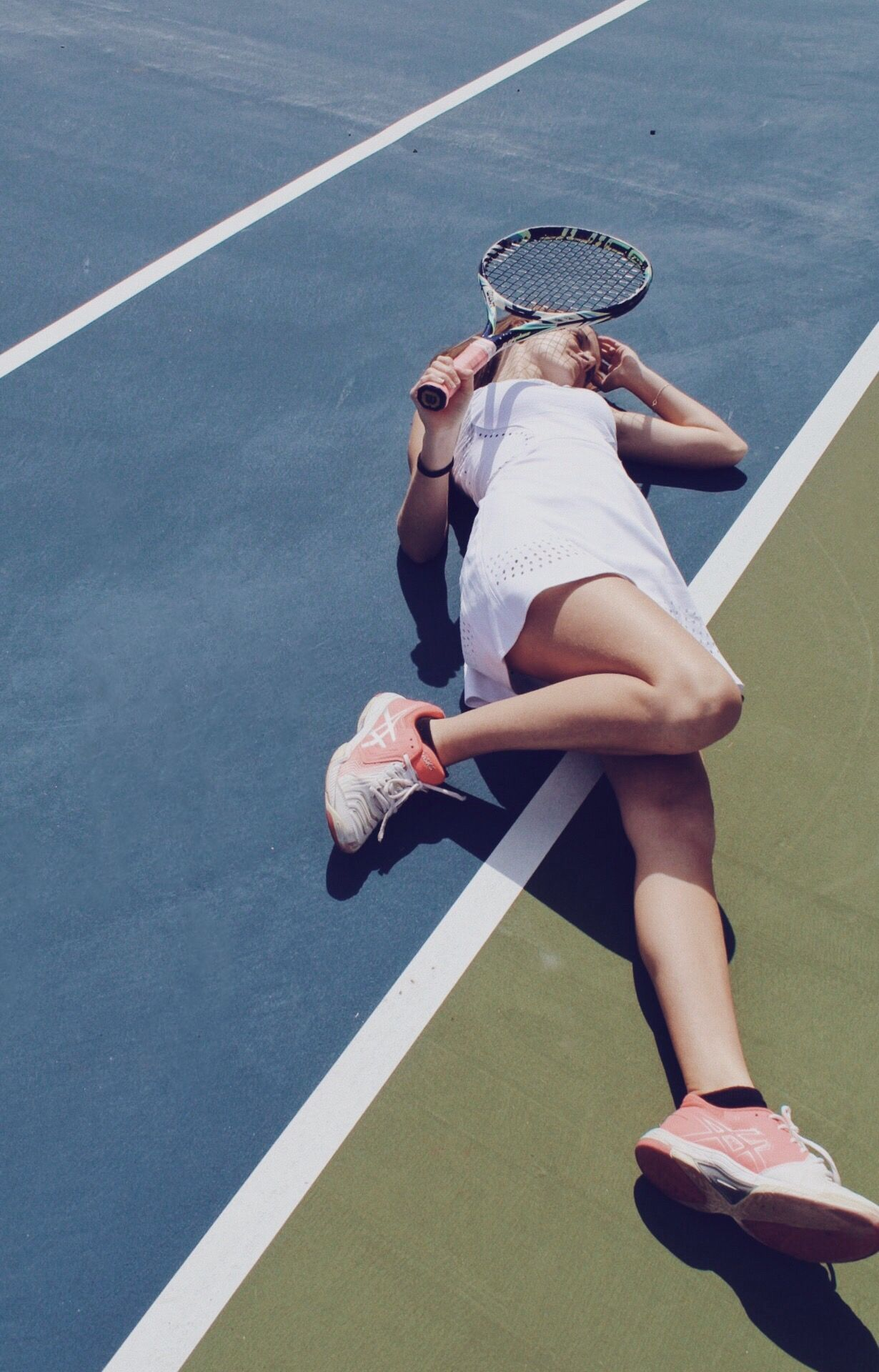 Tennis Court Photoshoot In 2020 Tennis Court Photoshoot Tennis Pictures Tennis Photography