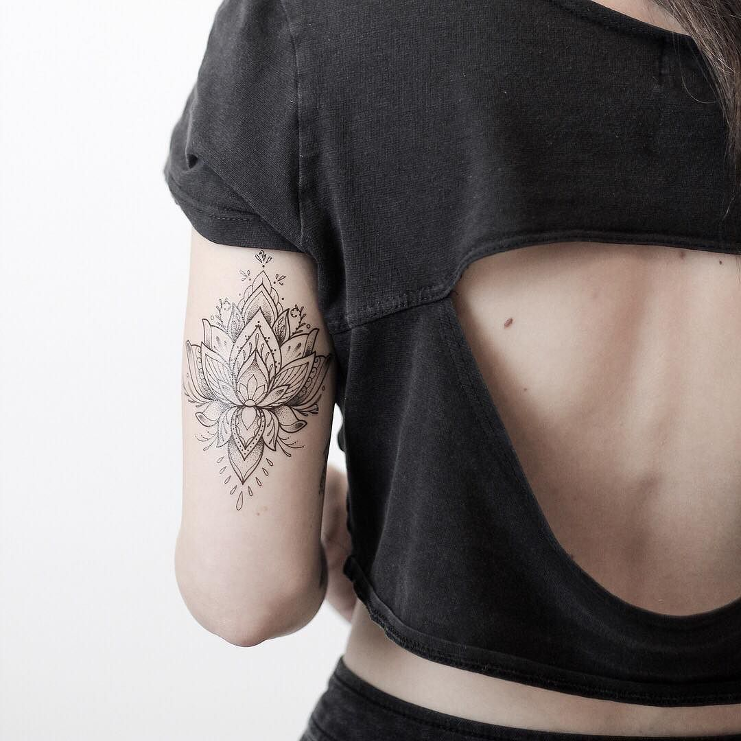 """Photo of Rachael Ainsworth ❈ on Instagram: """"Lotus temporary tattoos available now on my etsy store – link in bio 🌸 My diary opens this Sunday for Jan/Feb and a guest spot in Paris!…"""""""