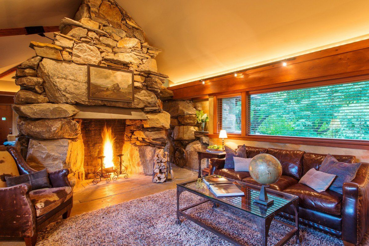 The Top Five Us Hotels With A Jacuzzi In The Room Pet Friendly Resort Luxury Accommodation Cottage