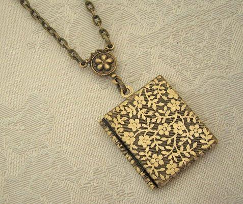 Libro de Oro Locket hermoso collar de la boda por BackstreetCreations
