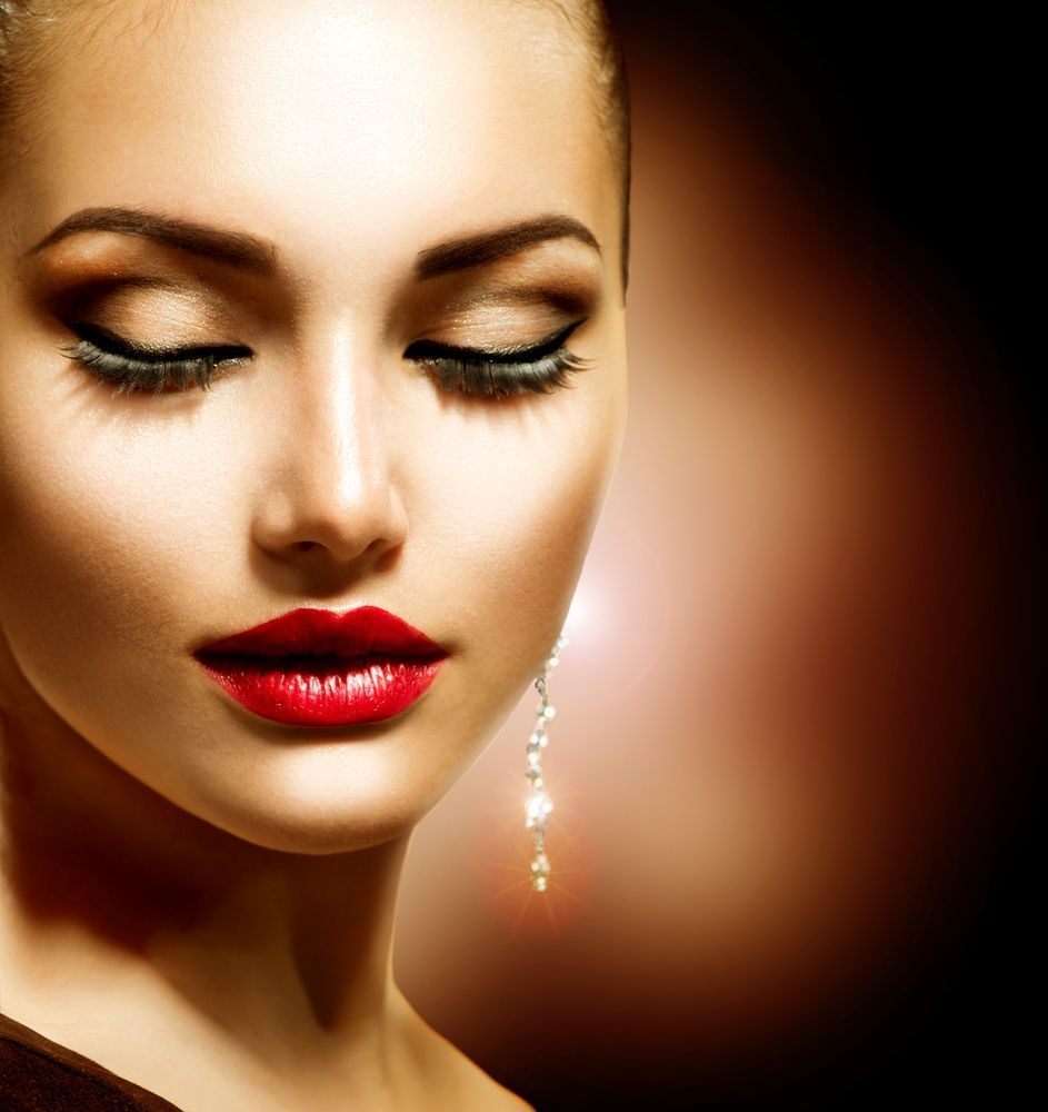Tips on How to Make Your Eye Lashes Appear Longer and
