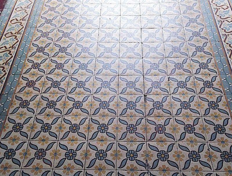 Carreaux Ciment Tendance Carrelage Sol Vinyle Sol Stratifie Papier Peint Tapis Motifs Bathroom Design Layout Decor Layout Design