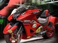 Oh wow, someone did put Akira Stickers on a red Honda NM4 ...