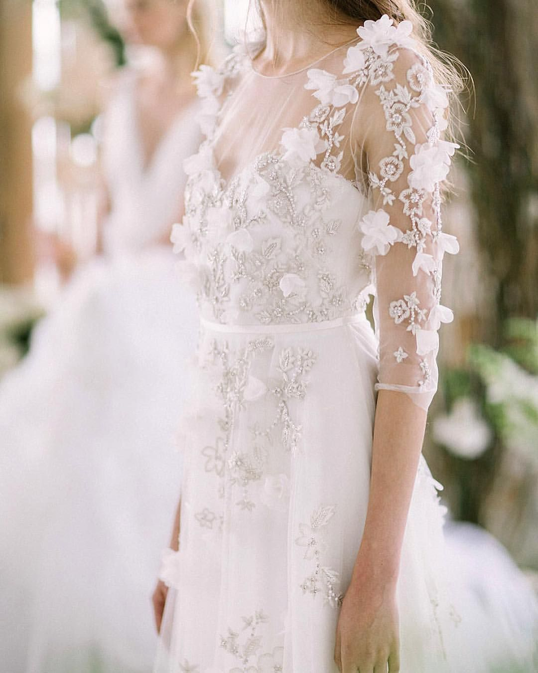 Pin by zurinah husaini on the wedding dress pinterest marchesa