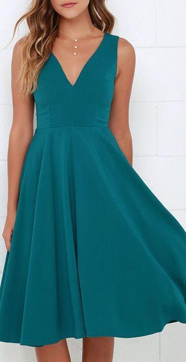 vestido azul esverdeado