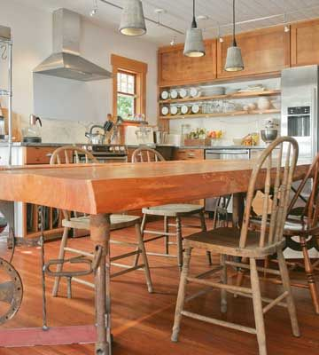 Nearly Everything In Christina Symon S Cottage Kitchen Has Been Repurposed Recycled And Reimagined With T Kitchen Design Kitchen Inspirations Dream Kitchen