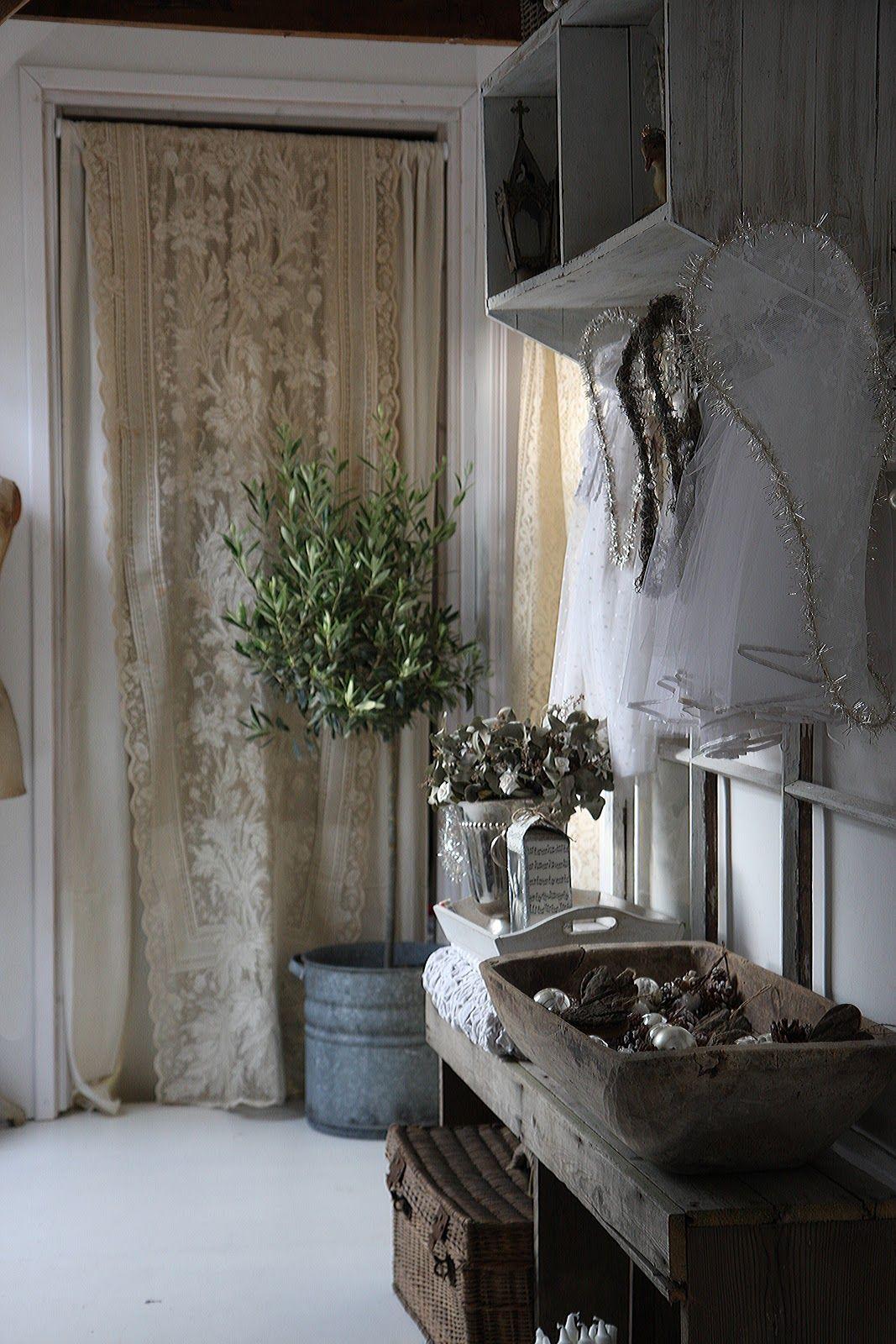 Pingl par maria luisa colonnelli sur tende en 2019 for Armadio stile nordico