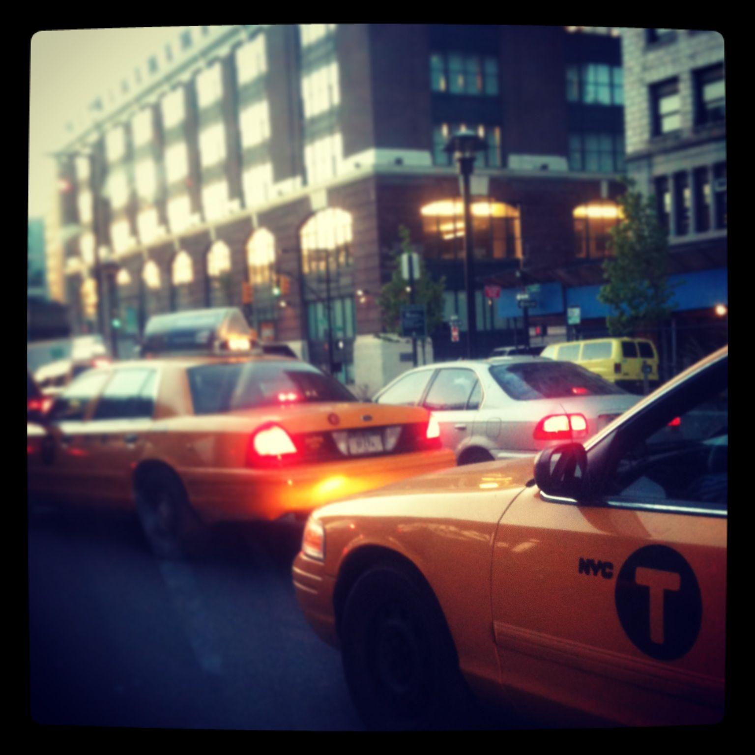 StartNewYork #nyc #usa #newyork #taxi #traffic #yellow #cab