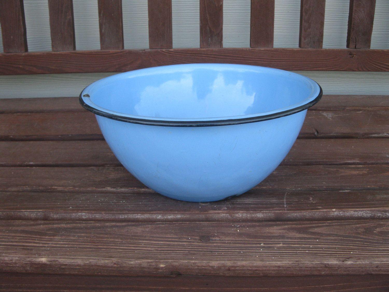 Vintage porcelain enamel bowl- LARGE 12\