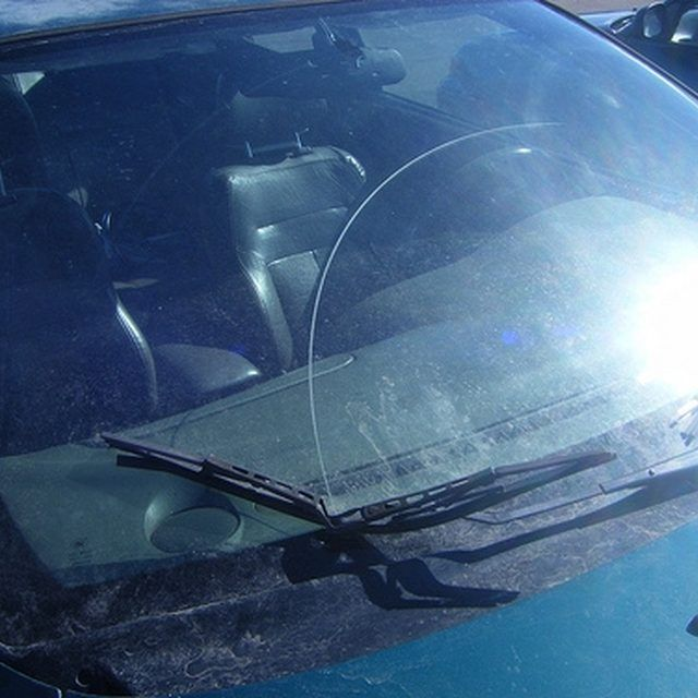 Rubbing Compound Vs Polishing Compound Windshield Repair Auto Glass Windshield Glass