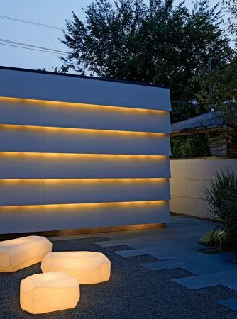 lighting behind fence - modern nize fence Pinterest