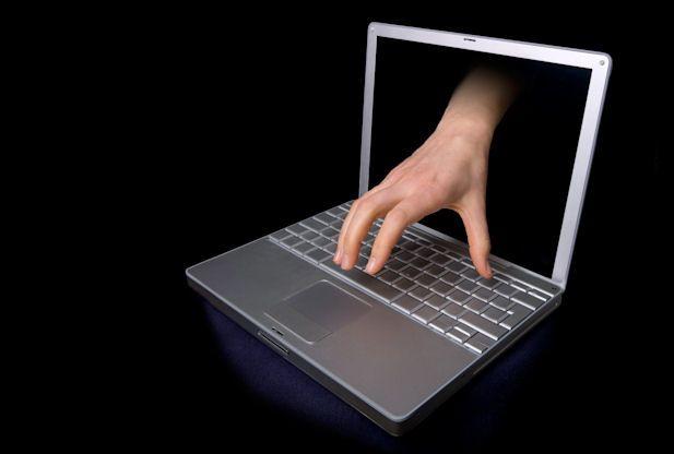 """Abney and Associates Online Warning Hong Kong: Malware """"Poliisi Virus"""" syyttää käyttäjät    http://www.redorbit.com/news/technology/1112789049/malware-virus-accuses-demands-compensation-022113/      Torstaina PandaLabs, Panda-turvallisuus, haittaohjelmien ilmoitti, että se oli julkaissut uusia tietoja löytyy, niin sanottu """"poliisi Virus"""" on nousussa. Tällaisia rikoksia ransomware tai scareware, ei ole uusi."""