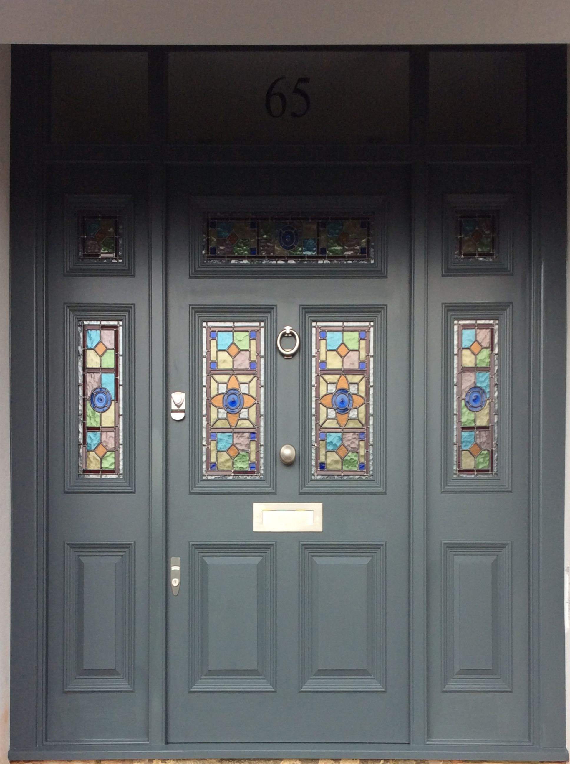 A large Victorian front door with bespoke leaded light | Home ...