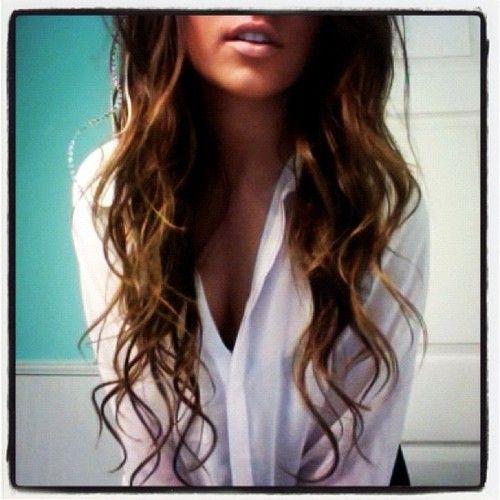 Natural looking curls
