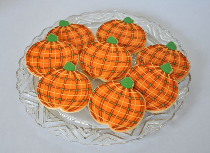 Plaid Pumpkin Party! #halloweencookiesdecorated