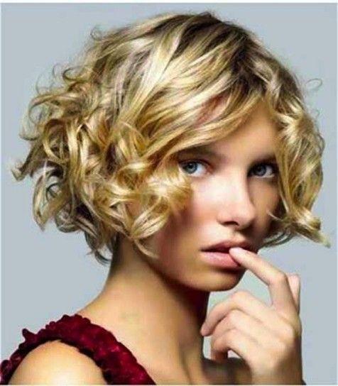 mira las imgenes cortes de pelo rizado corto para mujeres fotos looks foto de