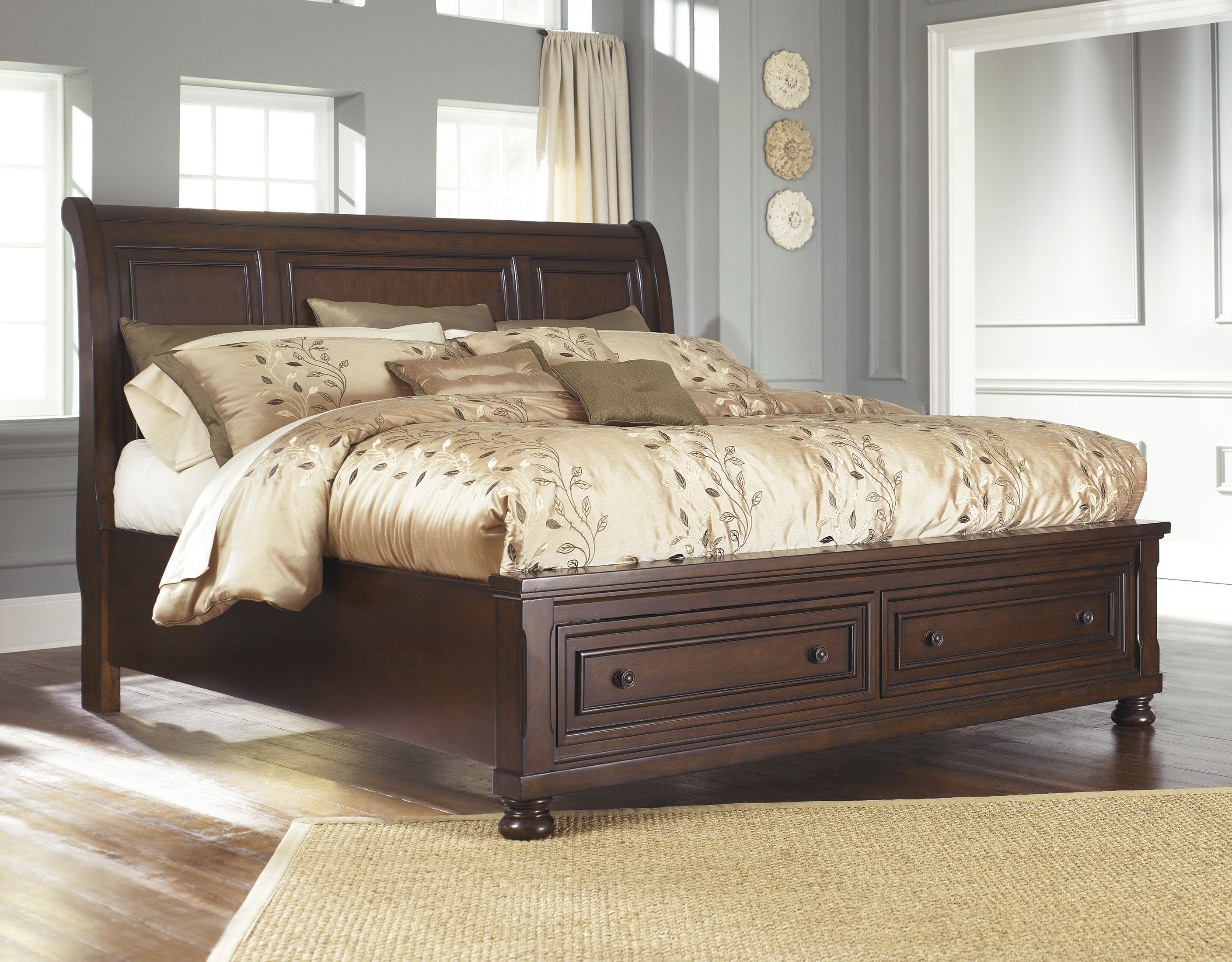 Renaissance  Queen Sleigh Storage Bed  B697 77,74,98 Queen &