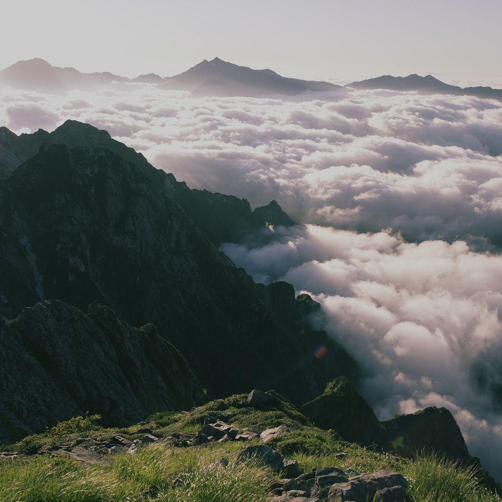 "travelbinge: "" razorshapes: "" Masato 55 - Sea of Clouds Under Mt. Tate and Mt. Tsurugi (2011) "" Tokushima Prefecture, Japan """