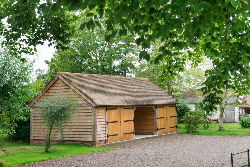 Border Oak Three Bay Outbuilding With Two Enclosed Bays Oak Framed Buildings Border Oak Oak Frame House