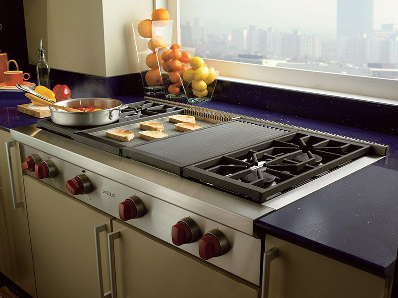 Wolf 122cm Lpg Gas Cooktop With Chargrill And Teppanyaki Plate Icbsrt484cglpg Wolf Kitchen Appliances Kitchen Appliances Range Top