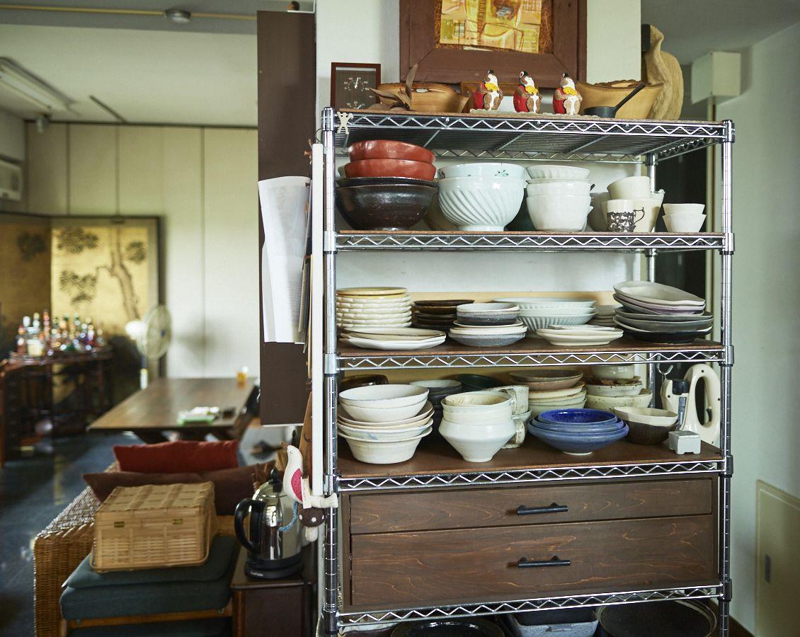 スチールラックが見違える キッチンダイニングの収納アイデア 収納 アイデア スチールラック キッチン ダイニング