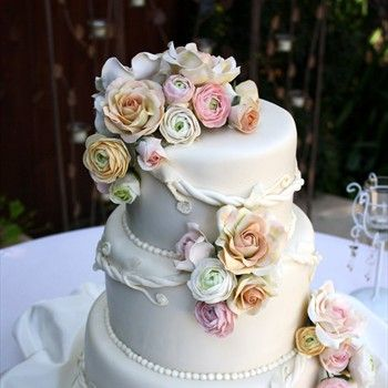 Pin by Lena (BOOKlyn Elementary) on Clever Cakes and Treats