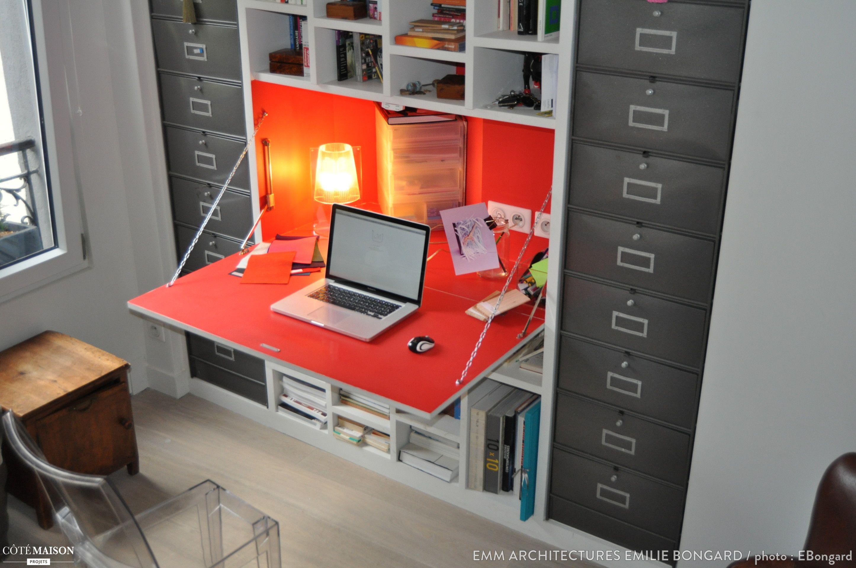 Un bureau facile à ranger et qui ne prend pas de place mention