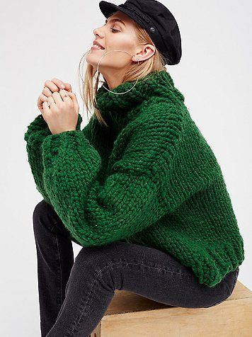 her turtleneck gros pull vert sapin et pull en laine. Black Bedroom Furniture Sets. Home Design Ideas