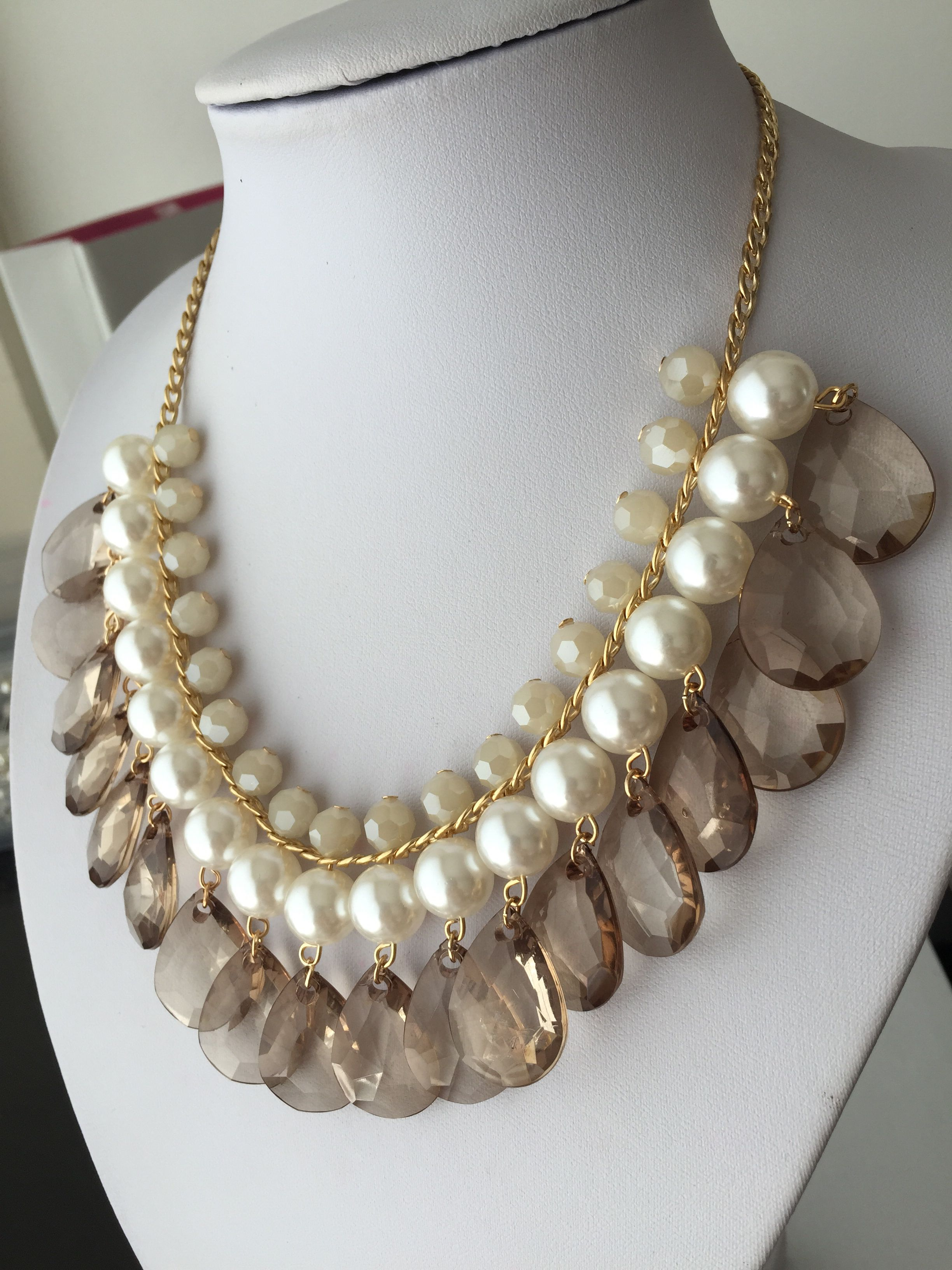 2cef528529c7 Collar elegante Collares Dorados