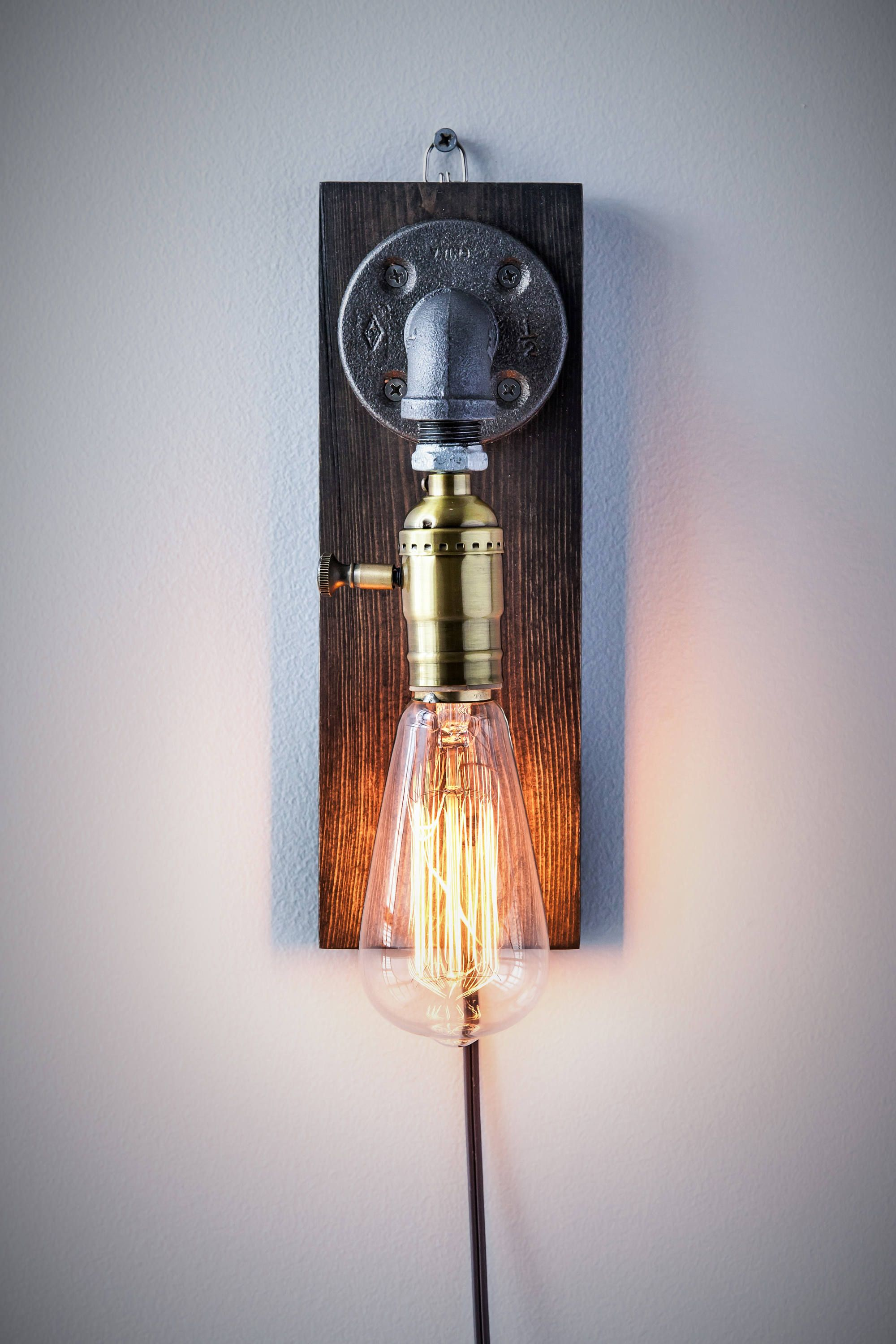 Plug In Sconce Tisch Lampe Wand Wand Steampunk Lampe Rustic Etsy Plug In Wall Sconce Rustic Lamps Sconce Lamp